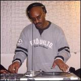 Easy Mo Bee - Samples & Breaks Mixdown On WKCR FM